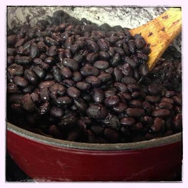 No soak oven beans recipe. Easy and the best way by baking beans in oven!