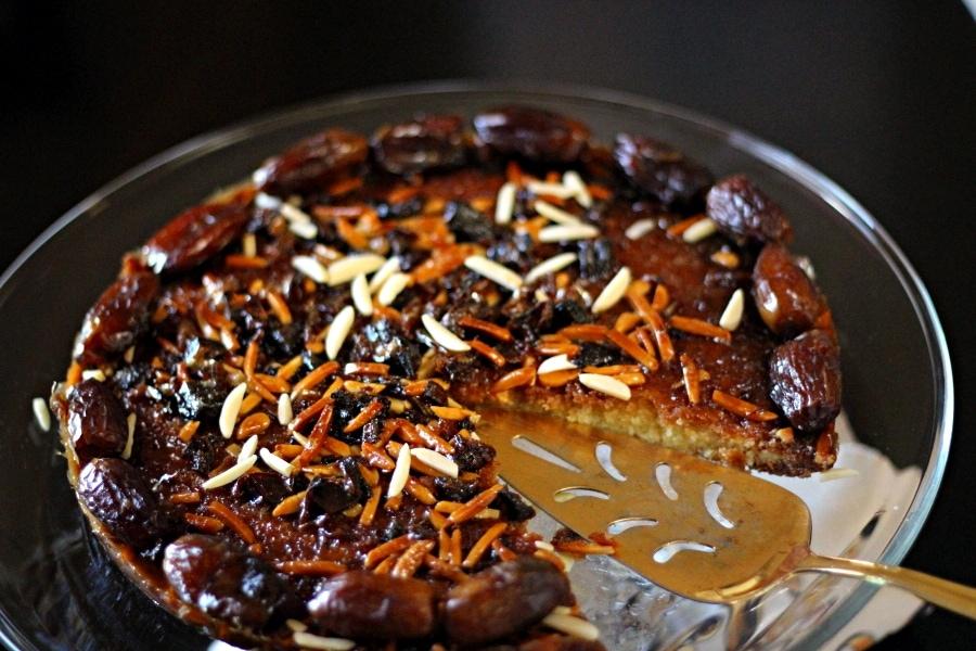 Arabic-Date-and-Honey-Cake-0007