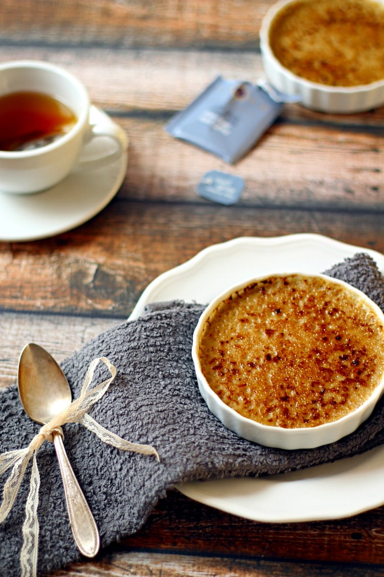 This easy to make Crème Brûlée Earl Grey has a crunchy, caramelized, sugar top over a creamy custard that is infused with fragrant Earl Grey tea which makes a delectable desert that will impress your guests.