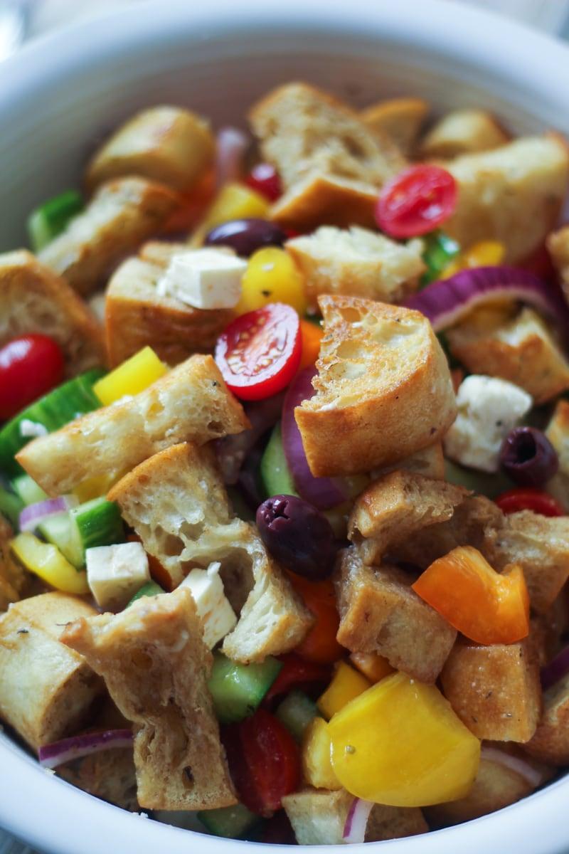 easy greek panzanella the wanderlust kitchen