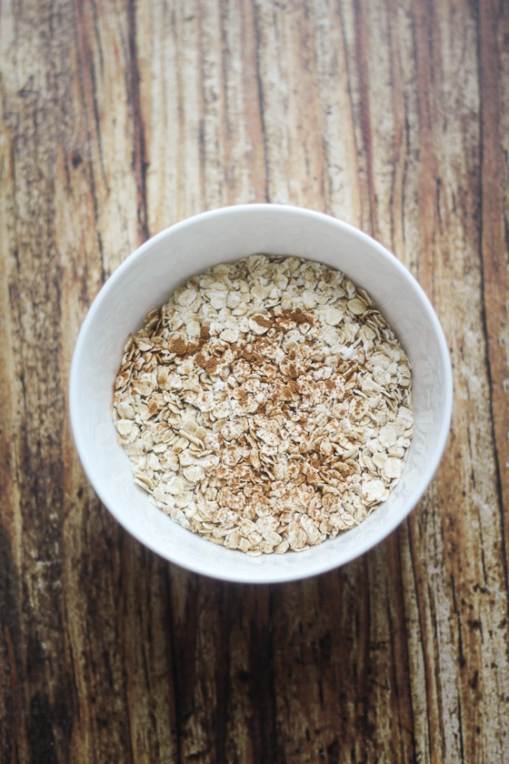 A quick and easy recipe for homemade apple and oat muesli with almonds, cinnamon, and honey. A fabulous five minute breakfast!