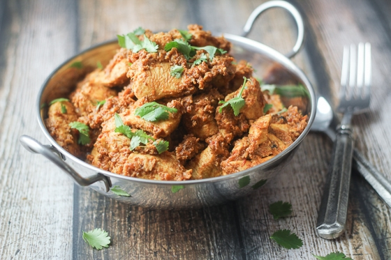 An easy and delicious Indian Chicken Pepper Masala recipe with chicken breasts, tomatoes, onion, fragrant spices and robust peppercorns.