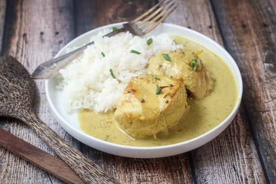 This Indonesian Chicken Curry recipe is a savory and fragrant addition to your dinner lineup. This is a great Indonesian chicken dish.