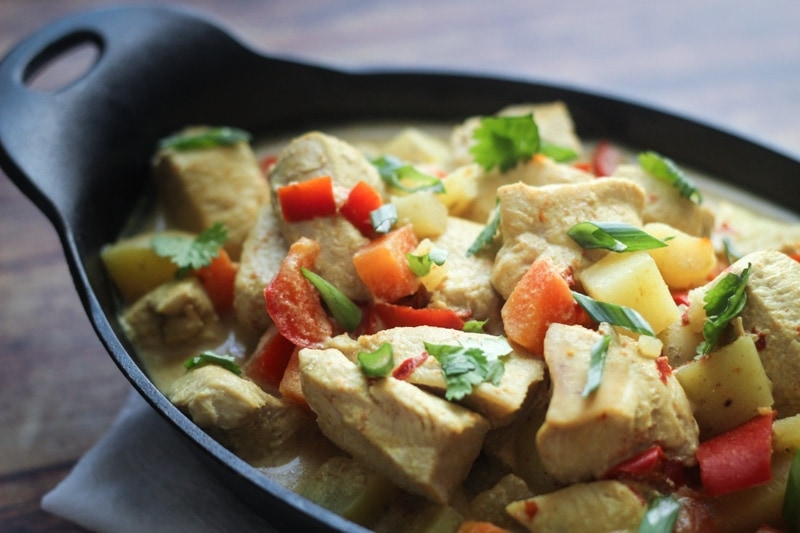 Looking for slow cooker recipes chicken curry coconut? Try this one! A simple, but delicious Slow Cooker Chicken Curry recipe made with red bell peppers, carrots, potatoes and a coconut curry sauce. Serve over jasmine or basmati rice with fresh cilantro.