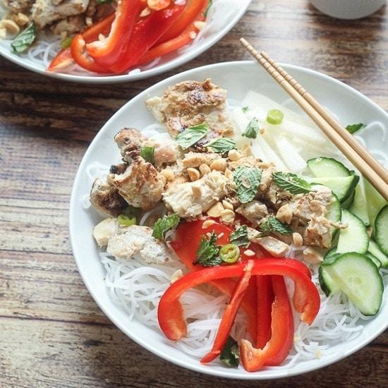 """Vietnamese Vermicelli Bowl (""""Bun"""") - The Wanderlust Kitchen"""