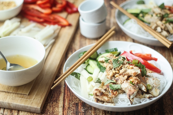 "A delicious and fun recipe for Vietnamese Vermicelli bowls, also known as ""bun,"" with rice noodles, chicken, red pepper, daikon, cucumber, and mint. This Vietnamese vermicelli bun bowl recipe is delicious!"