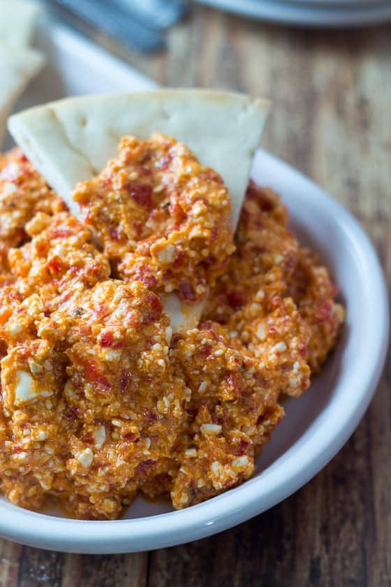 5 Minute & 5 Ingredient Greek-style Feta & Red Pepper Dip! This red pepper and feta dip recipe is delicious!