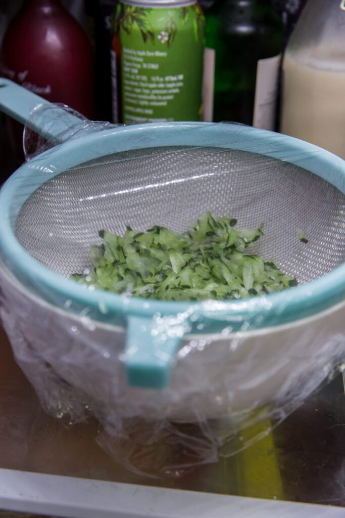 How to Make Tzatziki Sauce