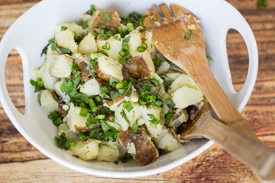 This Potato Salad Lebanese recipe is a tasty mix of potatoes, scallions, garlic, mint, lemon juice, salt, pepper and olive oil.