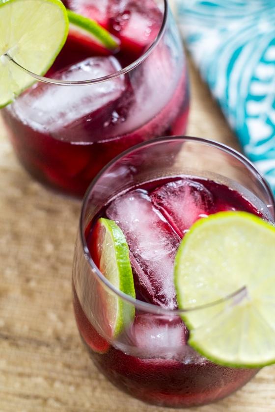 Agua de Jamaica (sweetened hibiscus tea!)