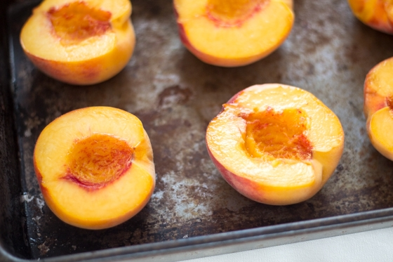 Grilled Peaches with Sticky Vanilla-Honey Drizzle