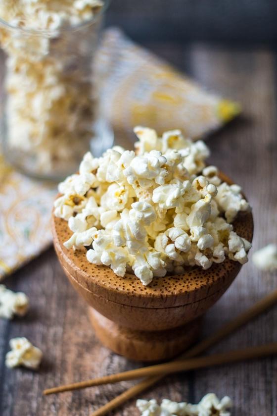 10 Minute Wasabi Popcorn