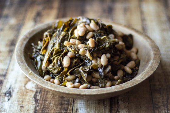 "An ""All-American"" take on classic beans and greens using fresh collard greens and tender Great Northern beans."