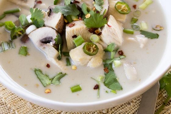 asiatische suppe tom ka kai