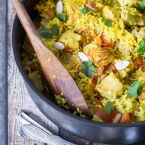Diced chicken and prepared ginger paste help put this easy chicken biryani on the dinner table in no time flat!