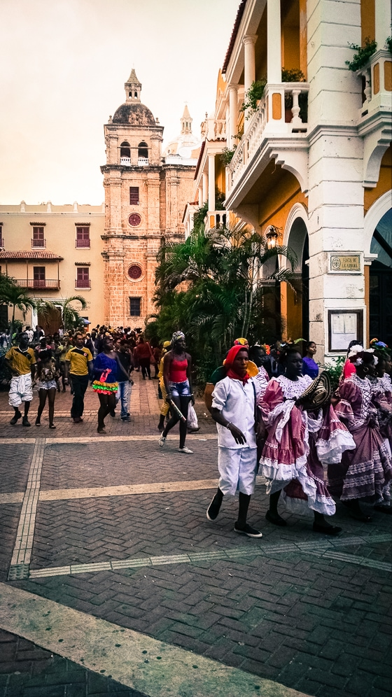 5 Reasons Why You Need to Drop Everything and Go to Cartagena: With warm Caribbean beaches, a lively nightlife scene, and historic Colonial charm, Cartagena has something for everyone!