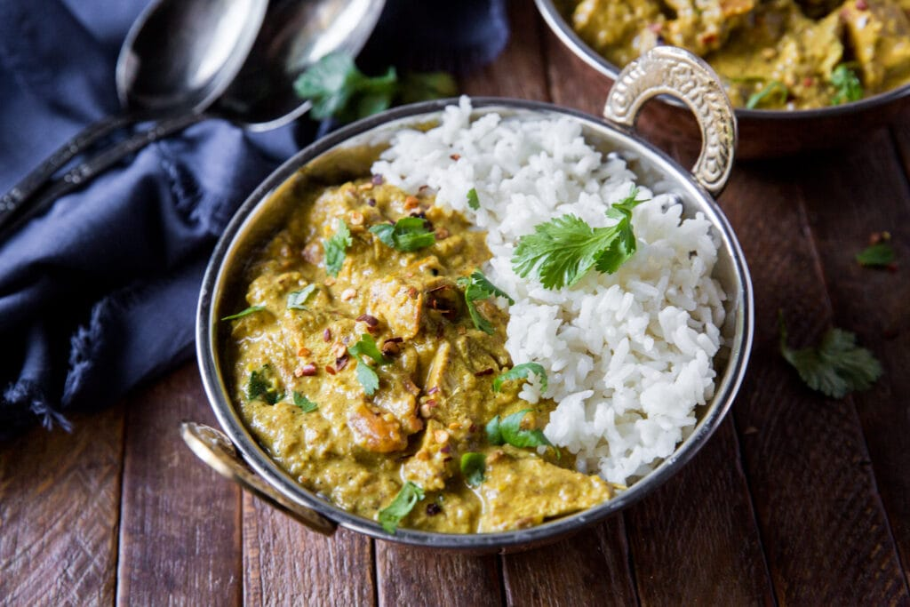 Looking for Indian chicken recipes? Here is a delicious chicken korma with coconut milk recipe you can make at home!