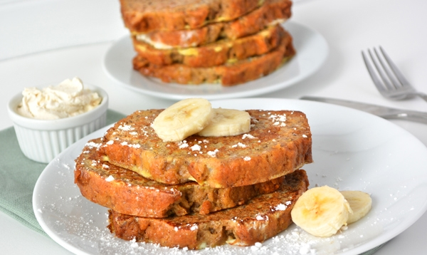 Banana Bread French Toast | A week of delicious recipes inspired by places around the world!
