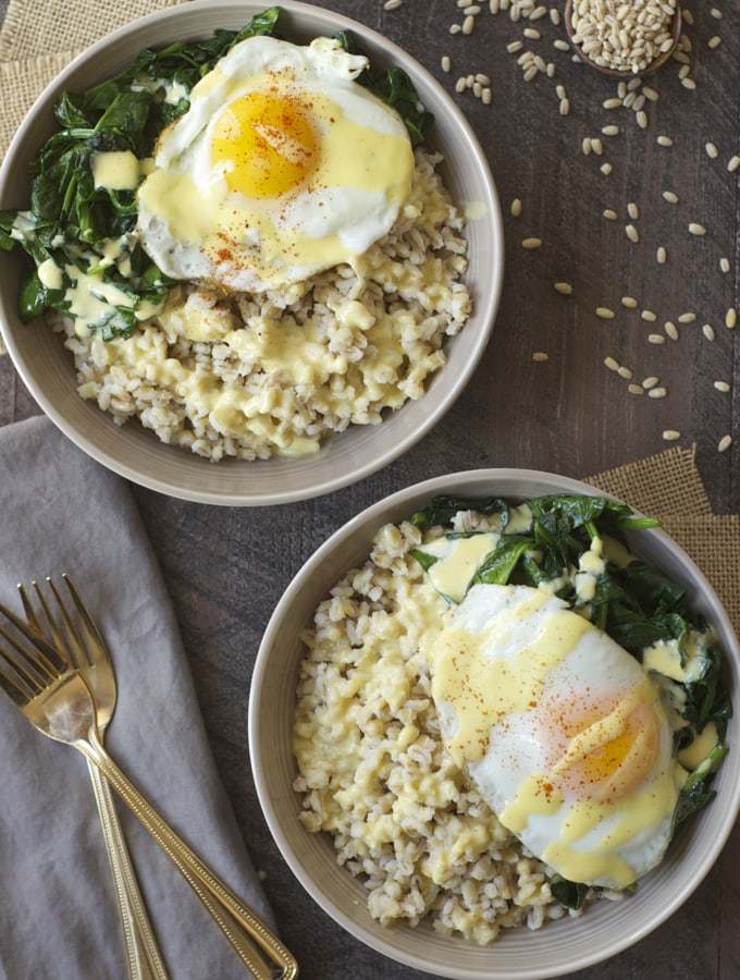 Eggs Florentine Grain Bowl | A week of delicious recipes inspired by places around the world!