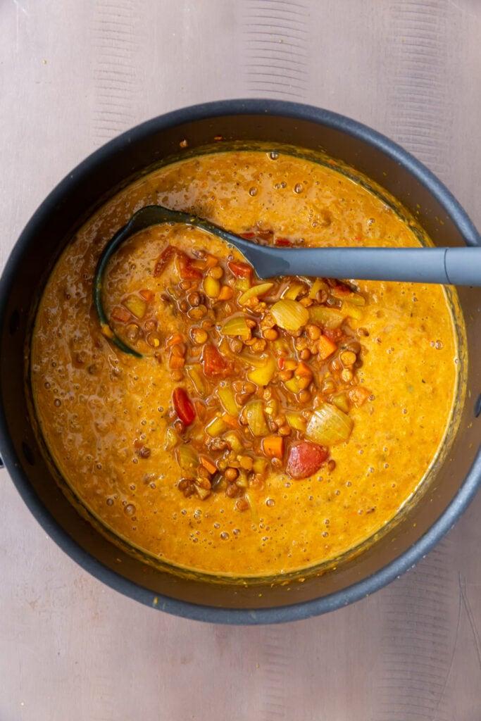 How to Make Easy Mulligatawny Soup