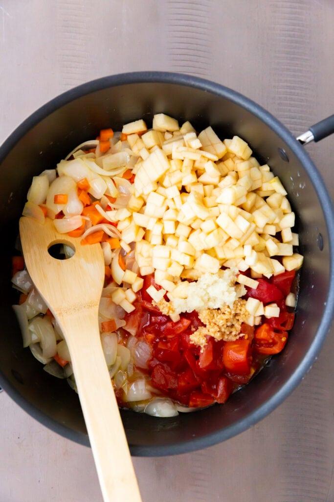 How to Make Traditional Mulligatawny Soup