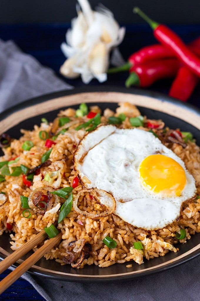 Indonesian Fried Rice | 10 Vegetarian Runny Egg Recipes | These meatless recipes are loaded with drippy eggs, veggies, and plenty of avocado!
