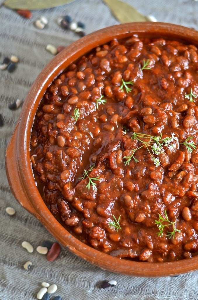 Smoky BBQ Baked Beans | Vegetarian BBQ Recipe ideas for every day of the week! Try these delicious and meat-free recipes at your next backyard barbecue.