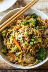 How to Host a Vegetarian Chinese Dinner Party