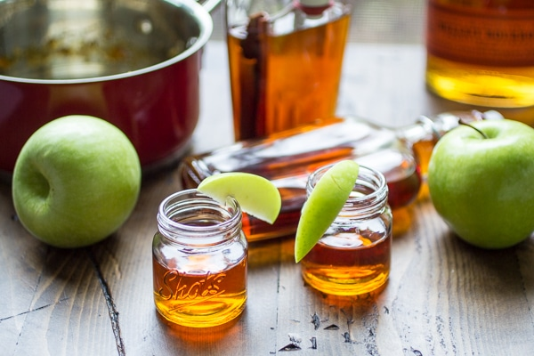 A sip of this delicious Caramel Apple Bourbon cocktail is like a sip of everything autumn! Bring a glass to the bonfire and soak up the best of the season.
