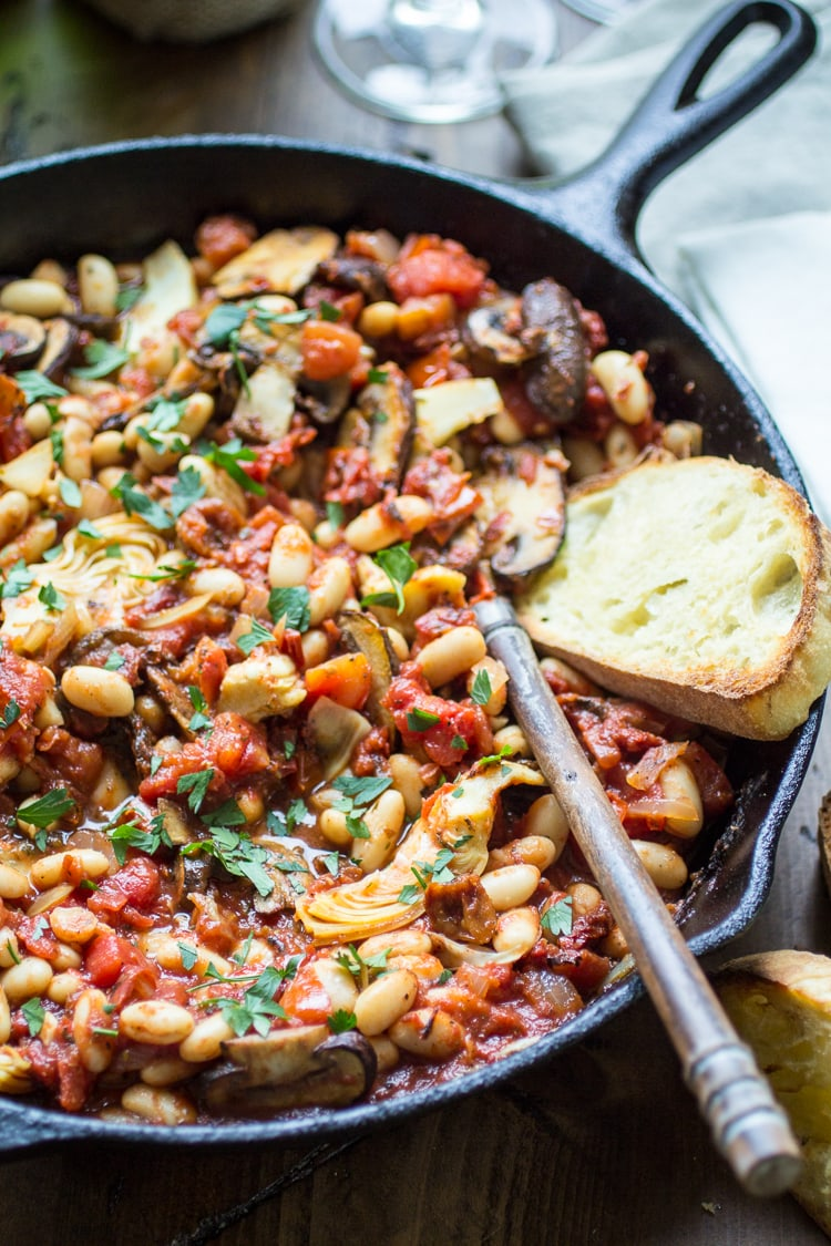 Tuscan White Bean Skillet: This vegetarian skillet meal is made from pantry staples for a quick weeknight dinner!
