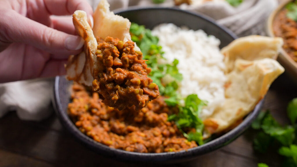 Looking for madres lentils? This Madras Lentils recipe is so good you will want to whip up a big pot and stock your freezer with a week's worth of lunches!