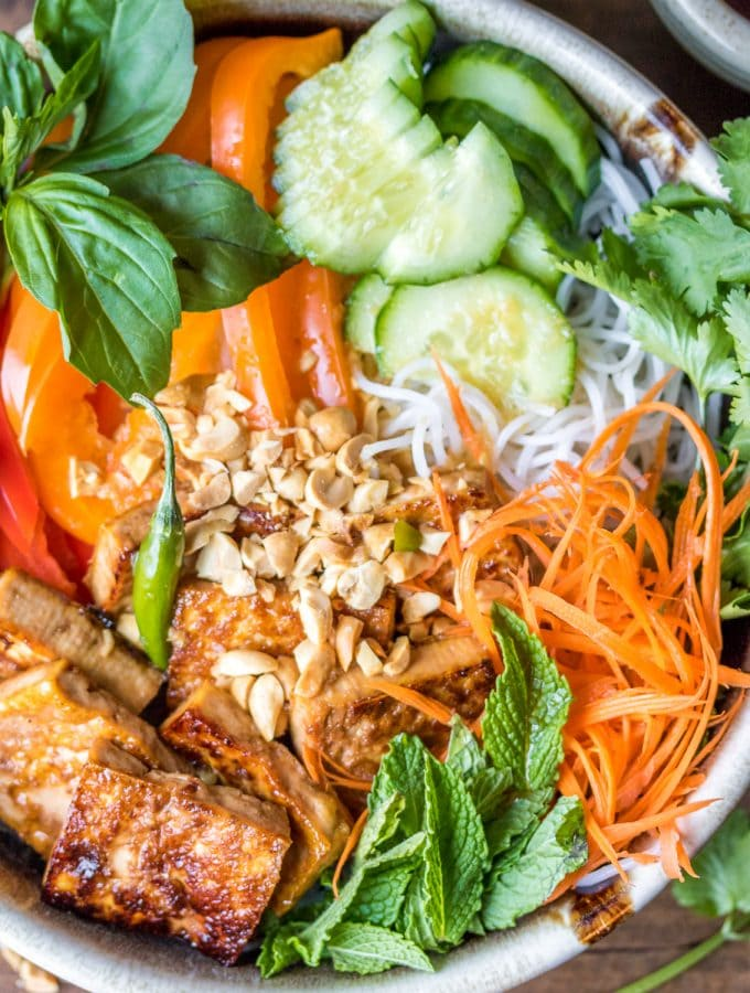 In need of a healthy 30-minute meal? Look no further than this Vegan Bún Chay noodle salad!