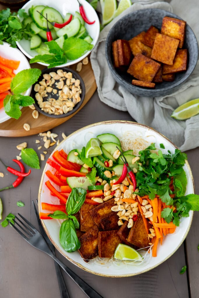 Looking for Vietnamese vegan recipes? This Vegan Bún Chay Vietnamese noodle salad recipe is a delicious and healthy dish you can make in 30 minutes.