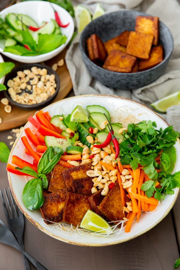 Looking for vegan Vietnamese recipes? This Vegan Bún Chay Vietnamese noodle salad recipe is a delicious and healthy dish you can make in 30 minutes.