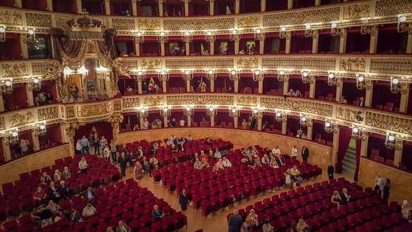 A Night at the Opera - Amazing Things to Do and See in Naples Italy