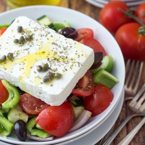 Classic Greek Salad (Horiatiki)