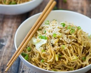 15 Minute Easy Yakisoba Noodles Stir Fry The Wanderlust Kitchen