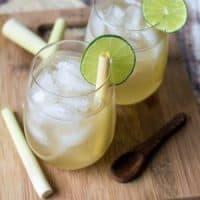 Addictive Fresh Lemongrass Tea