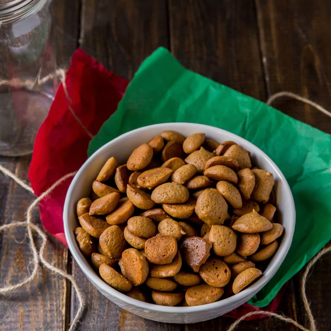 This Peppernuts recipe makes traditional German cookies (Pfeffernüsse Cookies) that are small, crunchy, slightly sweet and addictive cookies!